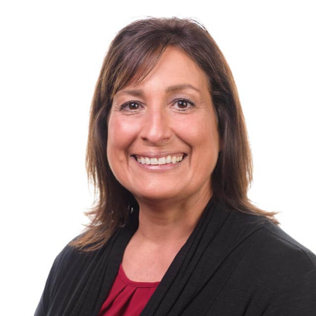 Evelyn Hasouris-Turner's professional headshot.